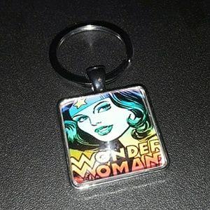 💥 Wonder Woman Keychain